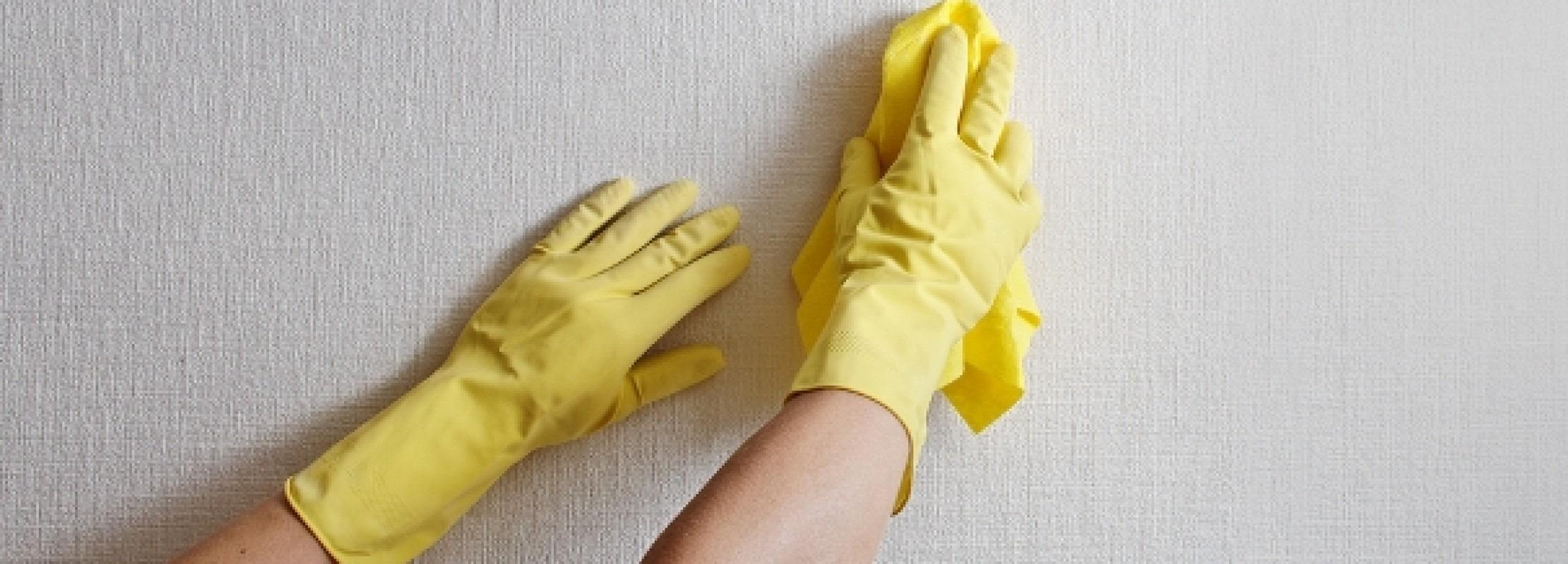 Come pulire la carta da parati