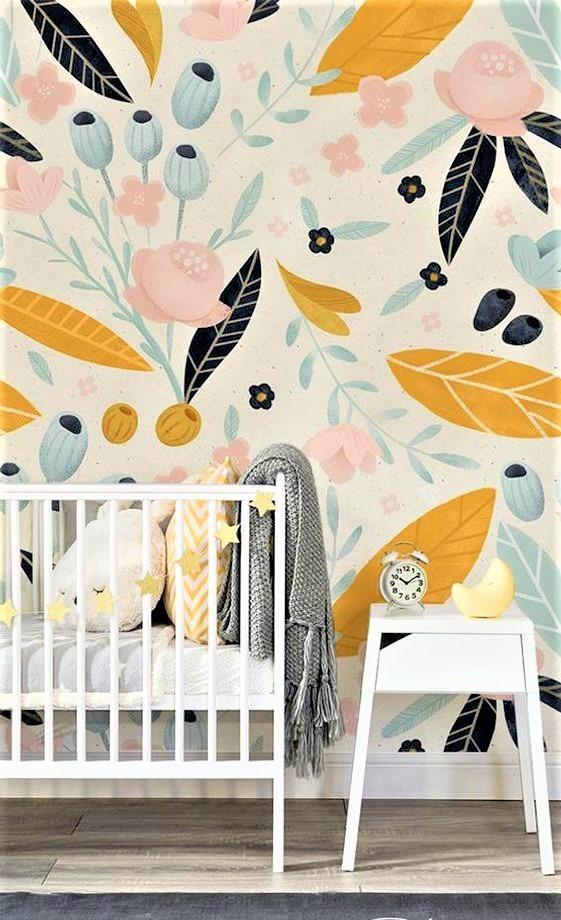 nursery con culla e comodino bianco