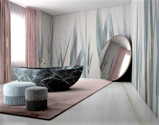 sala da bagno con grande vasca