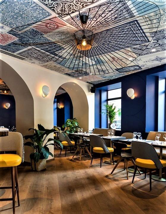 soffitto decorato con finte maioliche